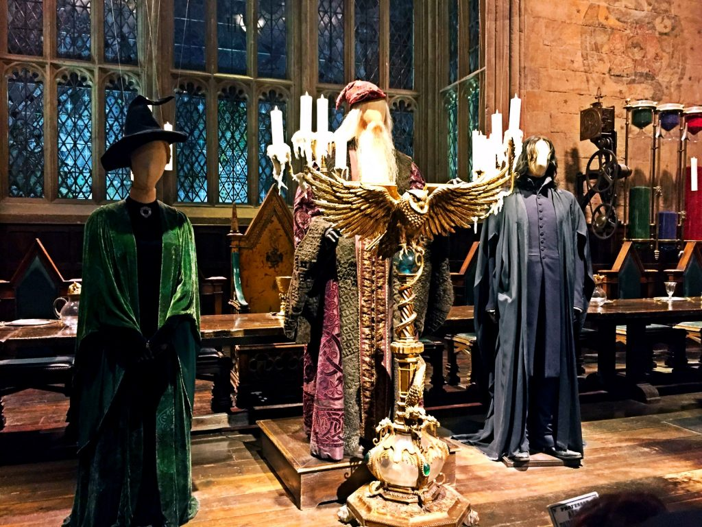 visitare gli Harry Potter Warner Bros Studios-costumi