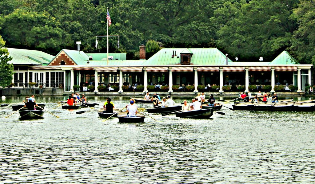 noleggiare una barca a central park-the-loeb-boathouse