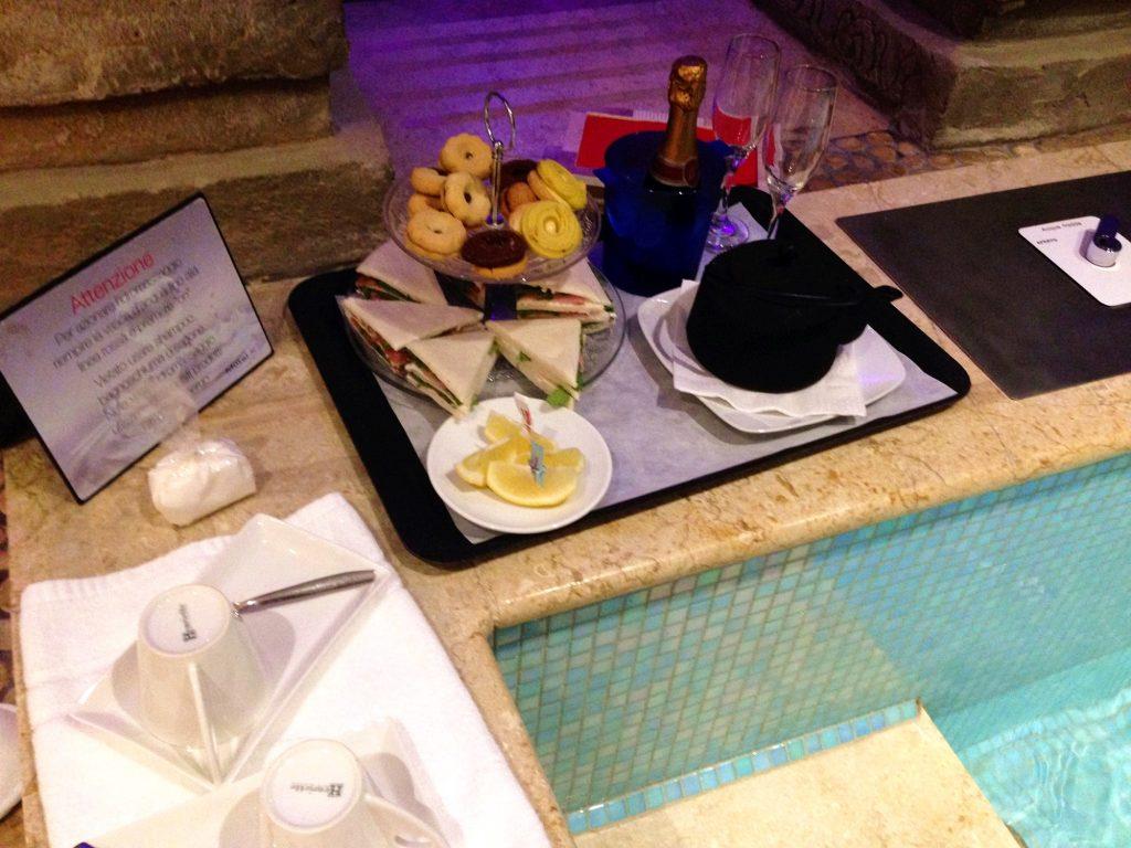 Motel K-merenda-bordo-piscina