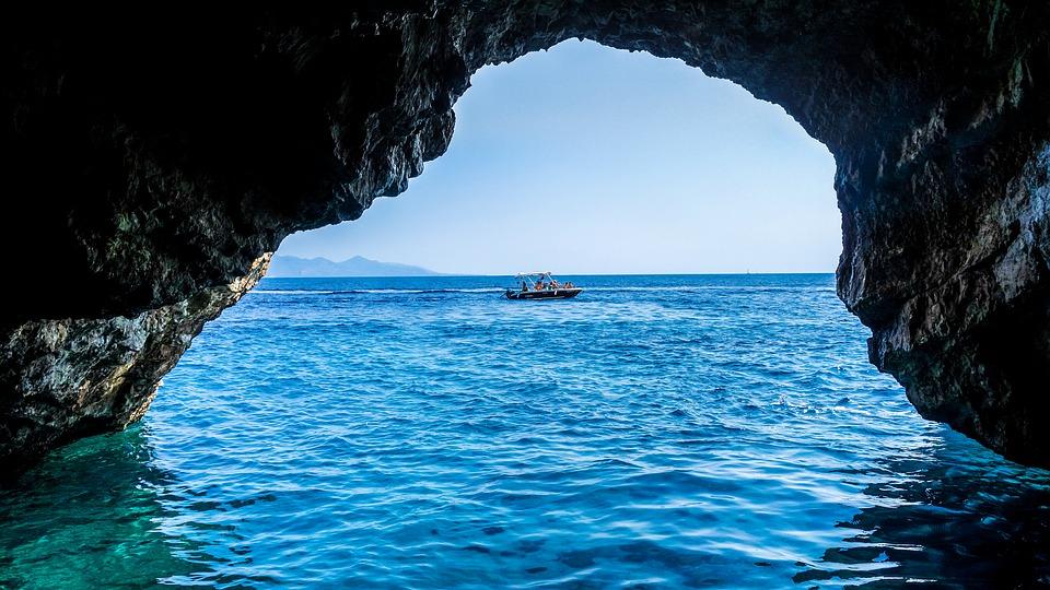 grotta-azzurra-cosa fare a capri in tre giorni