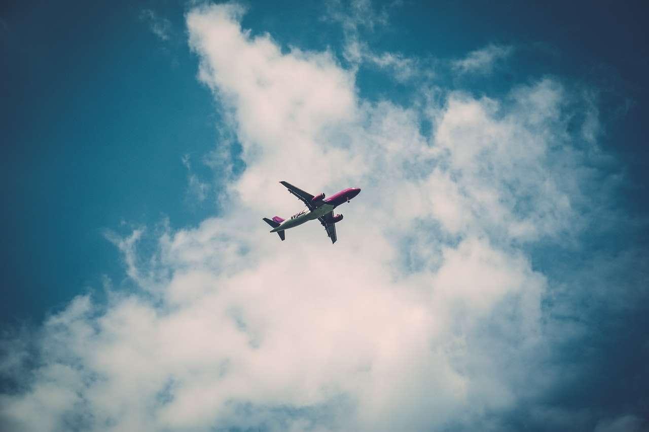 mete low cost-foto-copertina-aereo