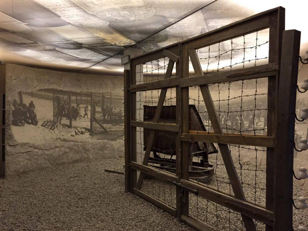attività da fare a cracovia quando piove-ricostruzione-lager