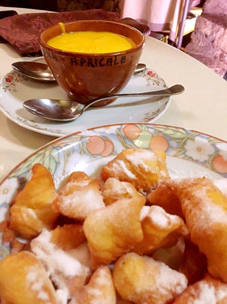 mangiare ad apricale-zeppole-con-zabaione-caldo