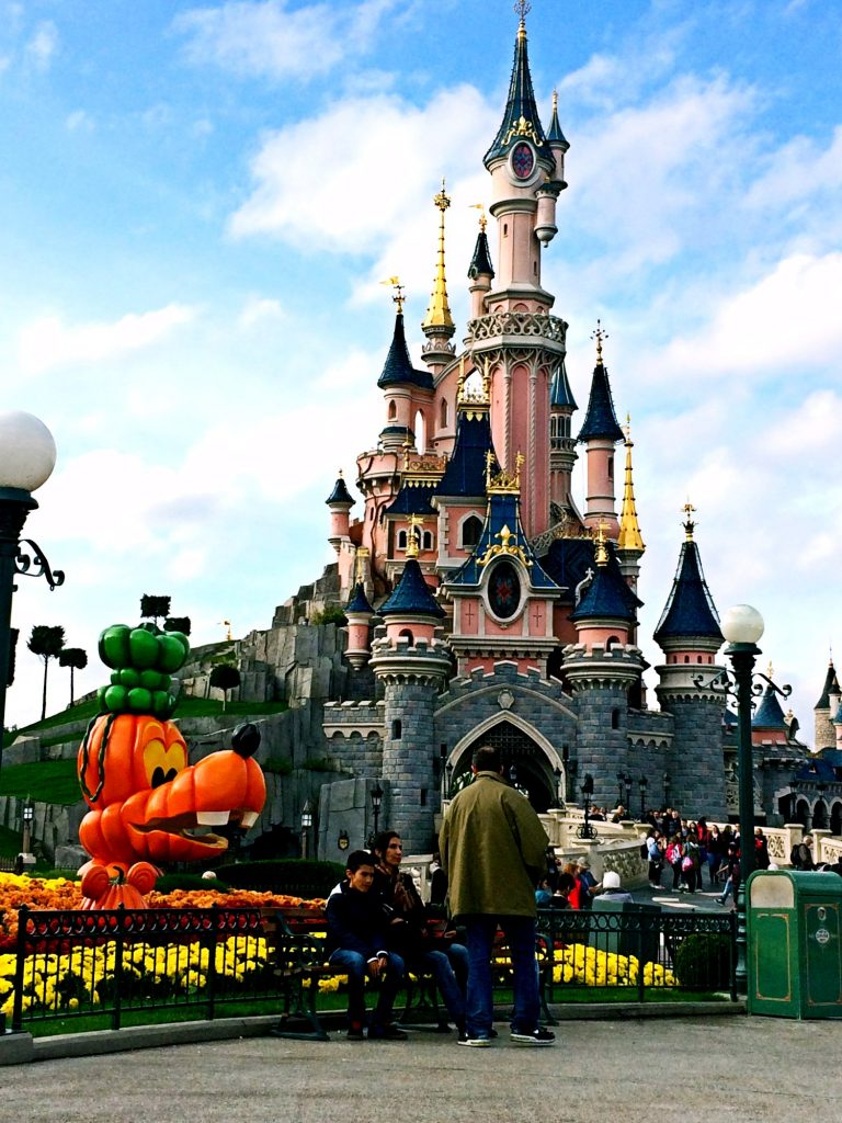feste di halloween in italia ed europa-disneyland-paris