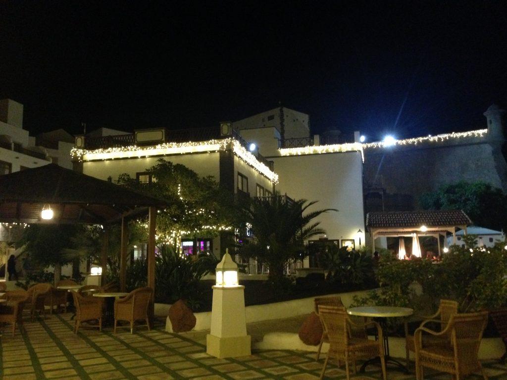 soggiorno cinque stelle al resort Gran Castillo a Lanzarote-sera