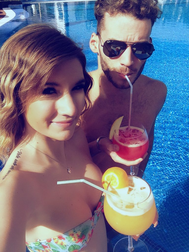 soggiorno cinque stelle al resort Gran Castillo a Lanzarote-piscina