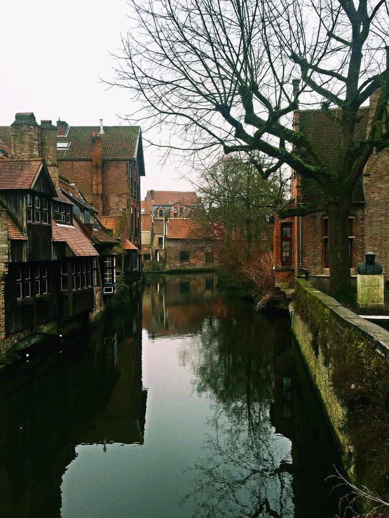 7 cose da fare a Bruges in un giorno-canali