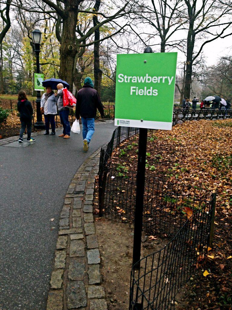 le 10 cose da fare a New York a Natale-strawberry-fields