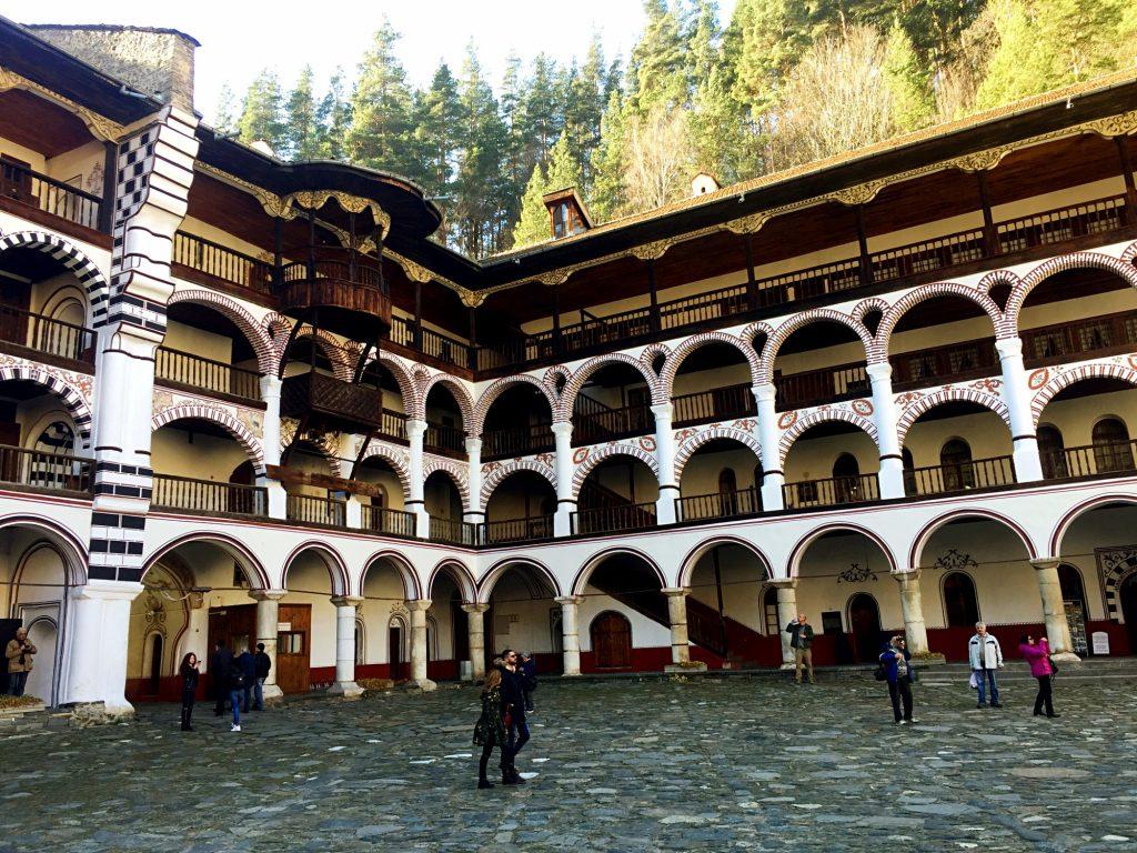 monastero di rila-porticato-monastero
