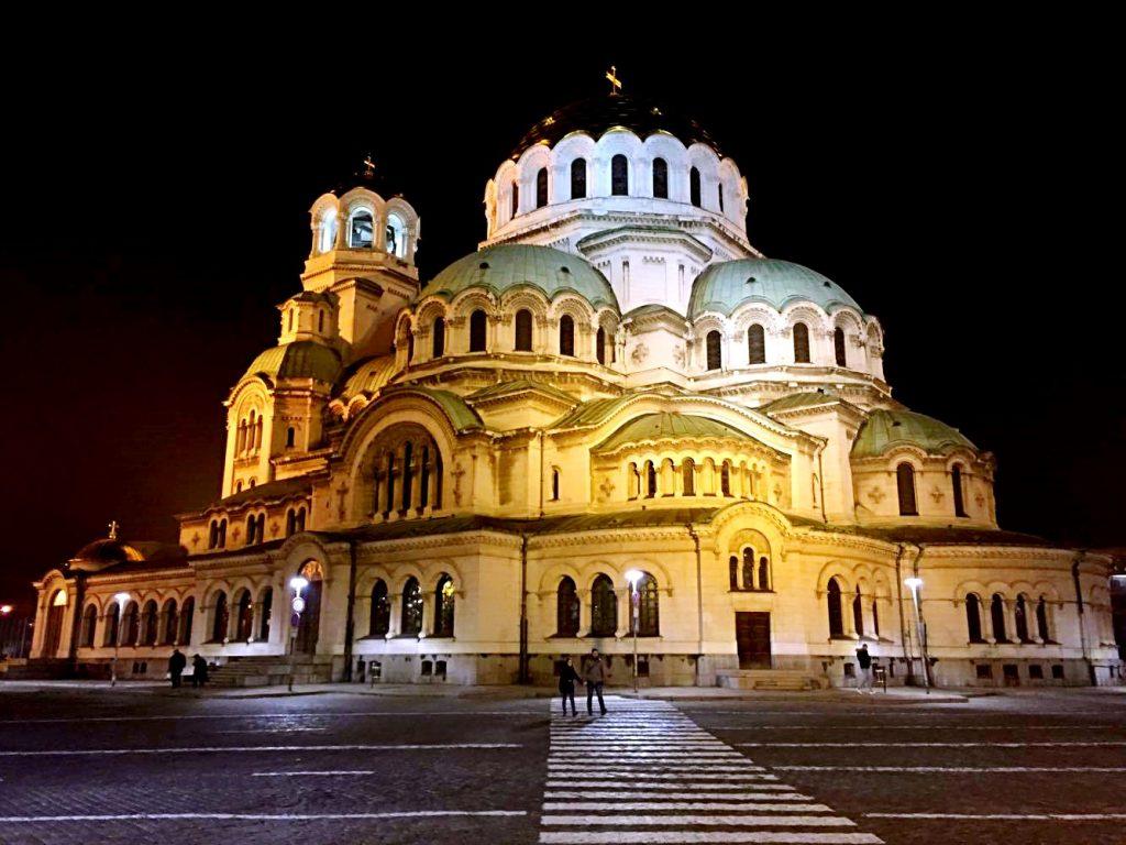weekend a sofia-cattedrale-nevskij-notte