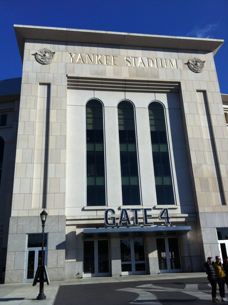 tour hip hop a new york-yankee-stadium