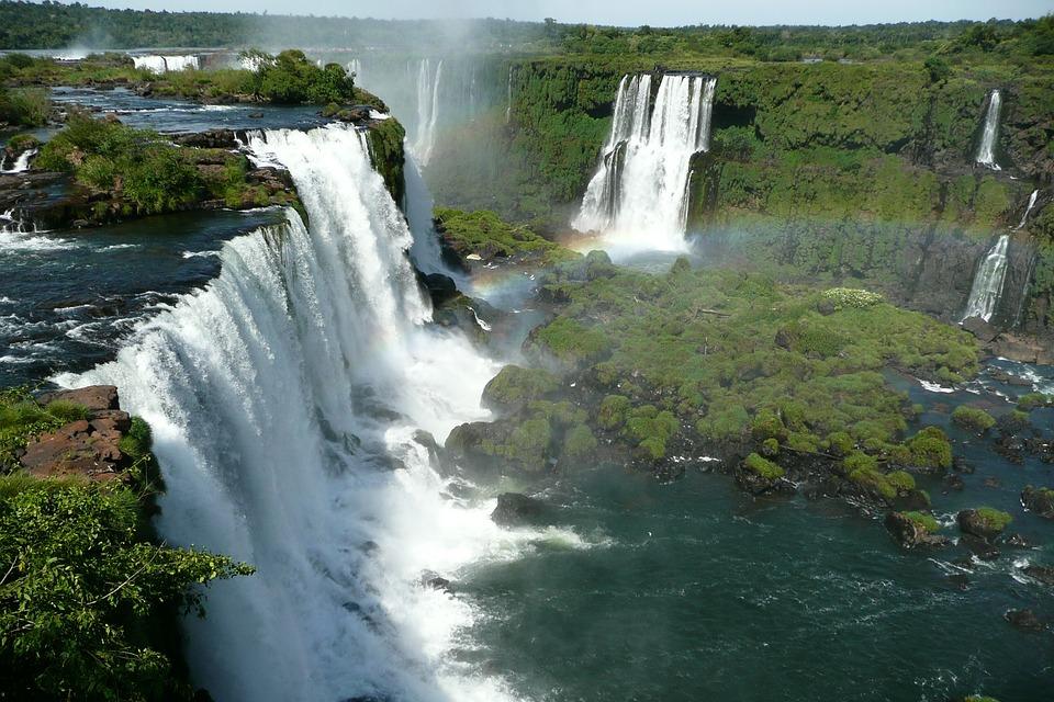 100 luoghi da vedere prima di morire-cascate-iguazu