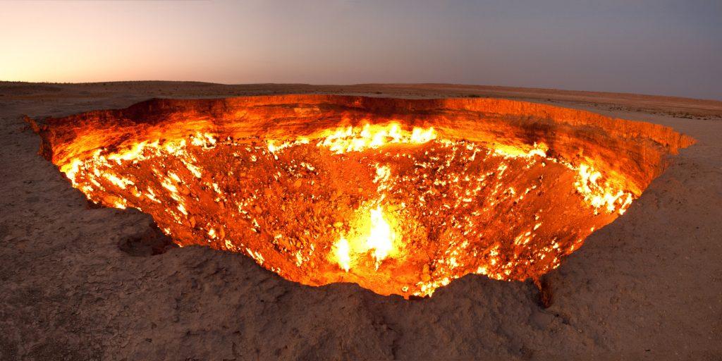 100 luoghi da vedere prima di morire-porta-dell-inferno