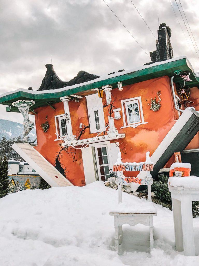 cosa fare a Innsbruck quando piove-casa-capovolta