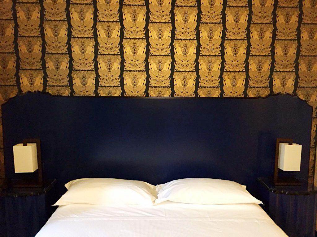 hotel verdi-camera-parete-oro