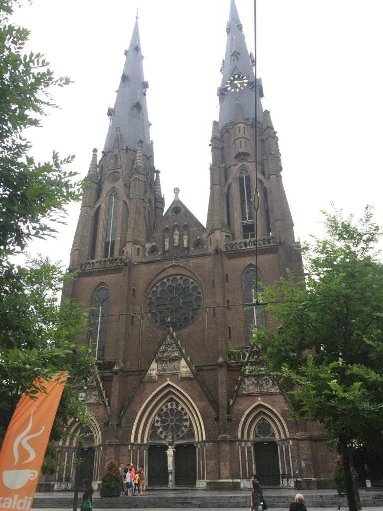 eindhoven in due giorni-chiesa-santa-caterina