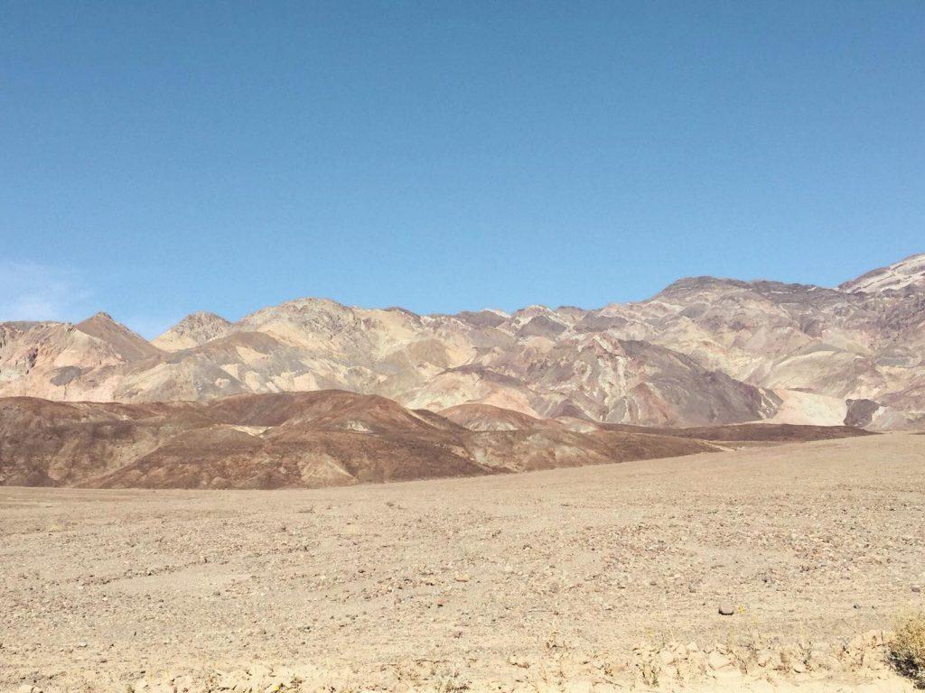 Death Valley in un giorno-artist's-palette-lontano