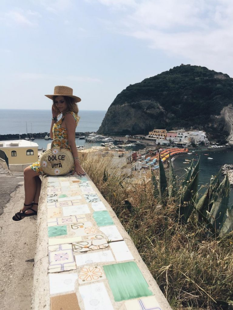 due giorni a Ischia-sara-sulle-maioliche
