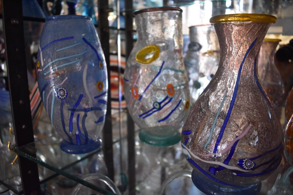 Murano e Burano in giornata-oggetti-vetro-murano