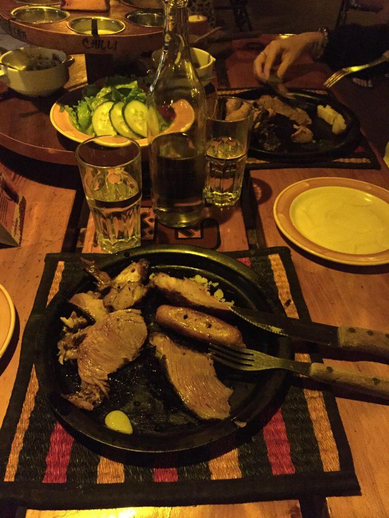 ristorante dove si mangia solo carne-carne-piatto