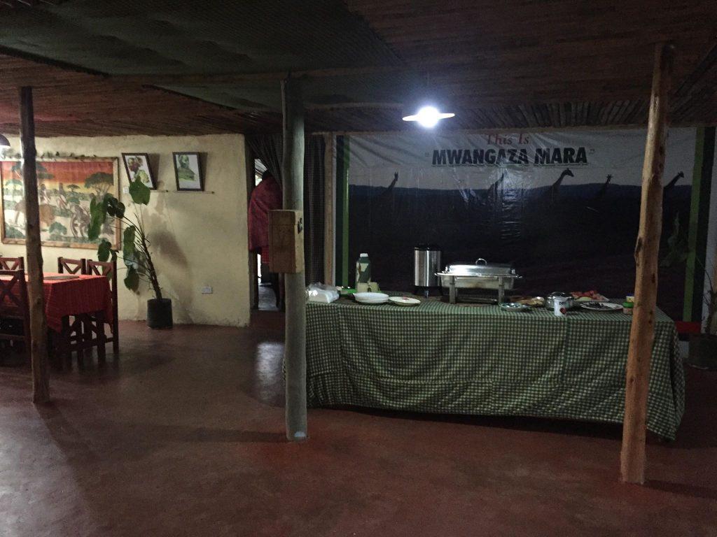 come organizzare un safari in kenya-angolo-cena-campo