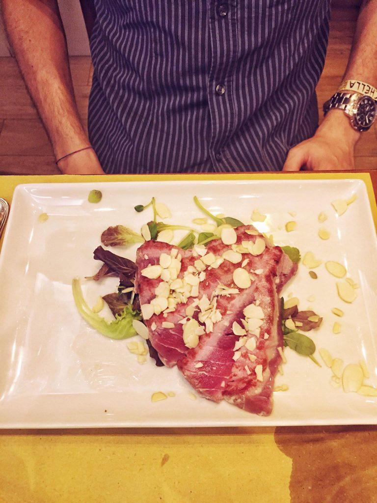 ristoranti economici a Venezia-tagliata-di-tonno