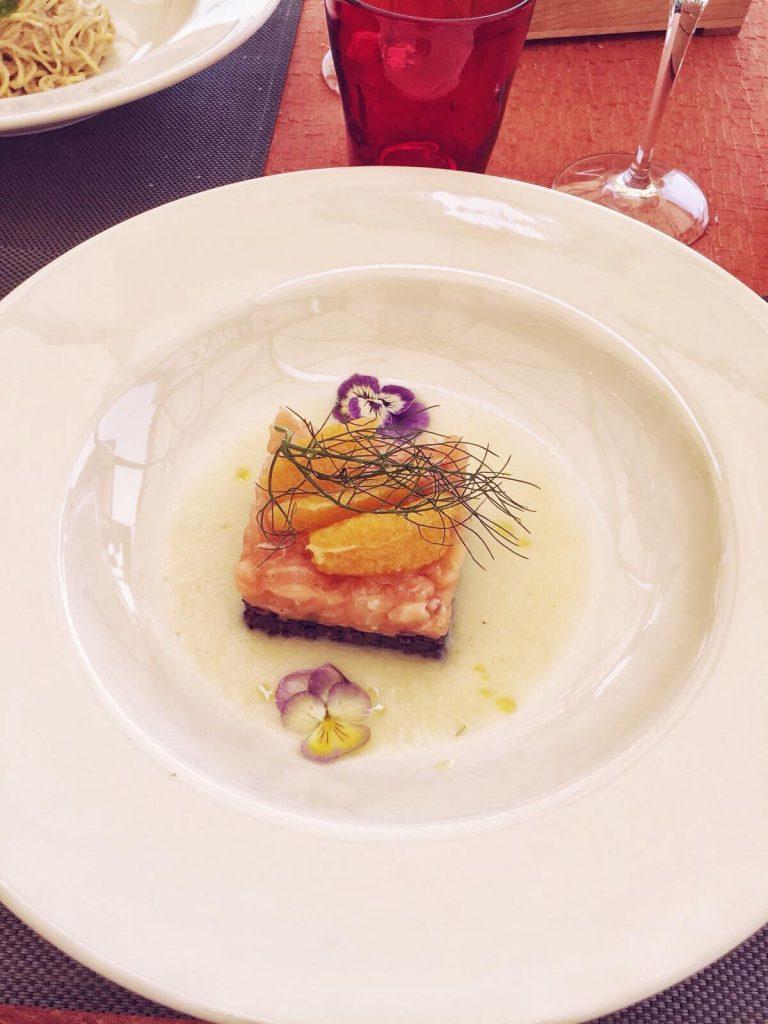 ristoranti economici a Venezia-tartare-salmone