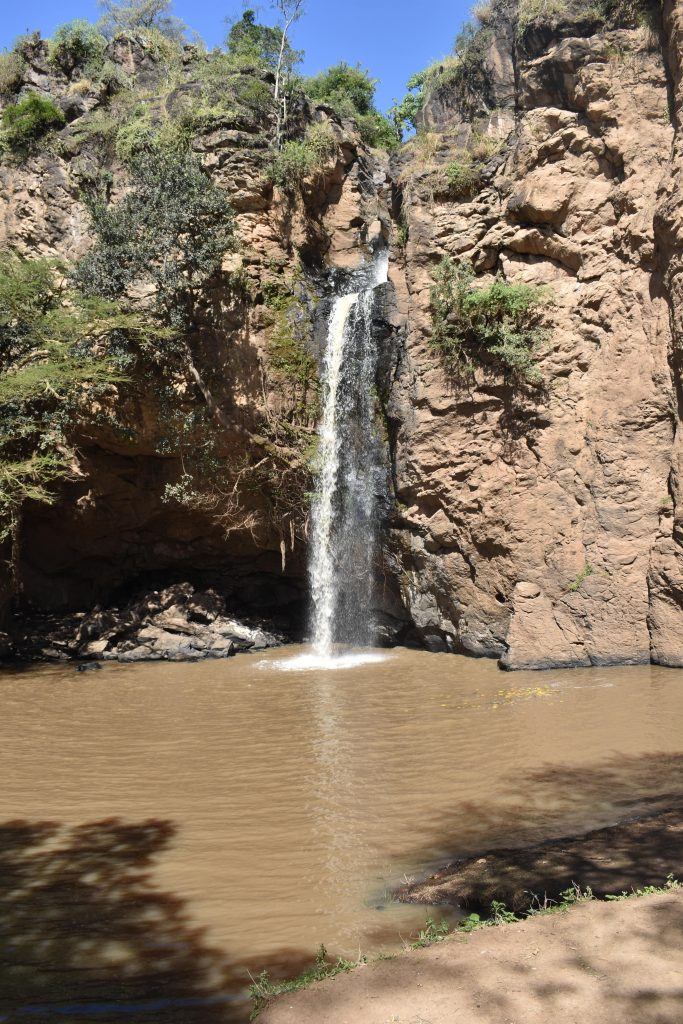 safari nel lake nakuru-cascata