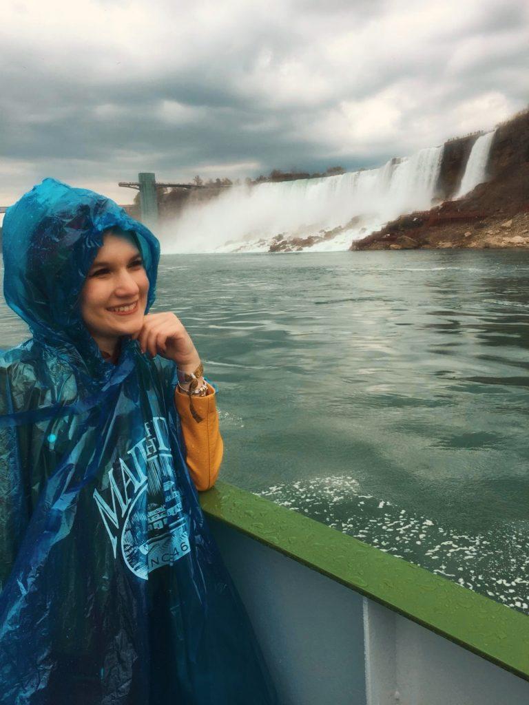 Cascate del Niagara-sara-sul-battello
