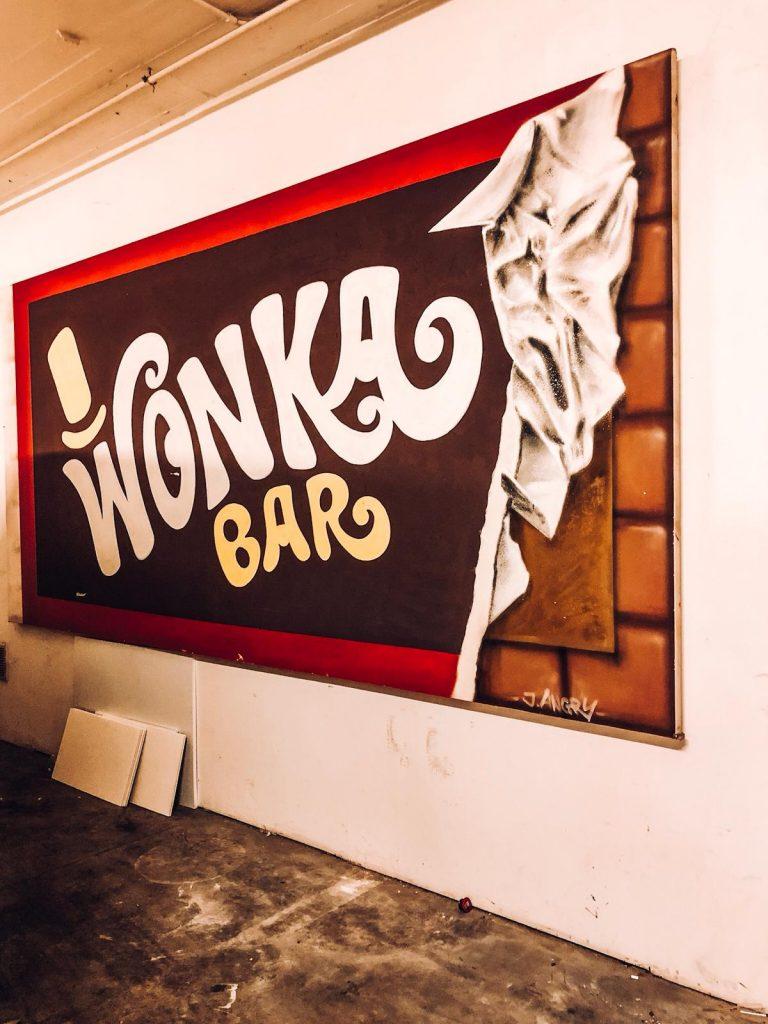 hotel a tema cioccolato-graffito-willy-wonka