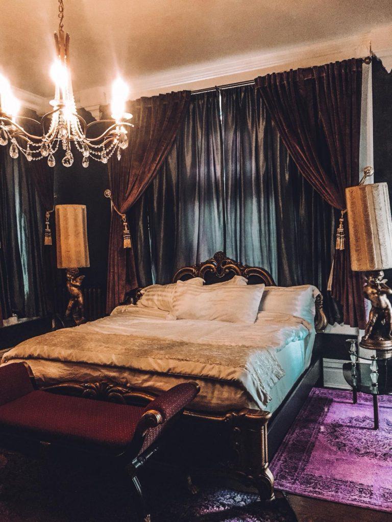 dove dormire a denver-letto-holiday-chalet