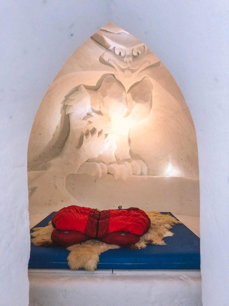 dormire in un igloo-interno-igloo