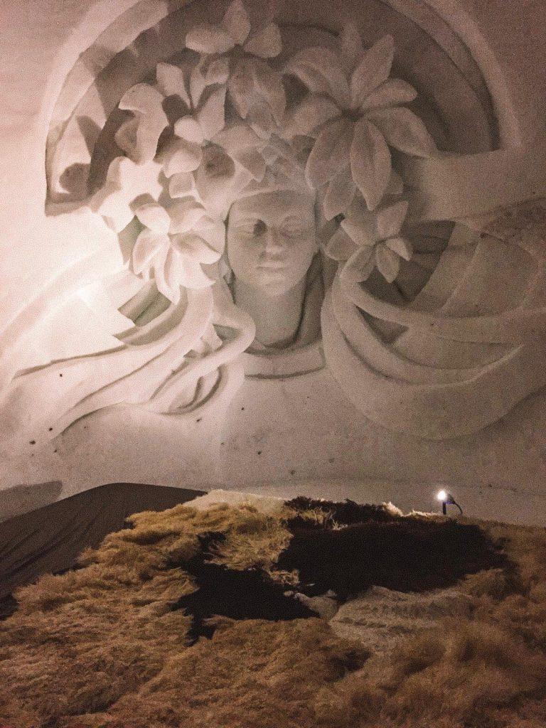 dormire in un igloo-interno-igloo-2