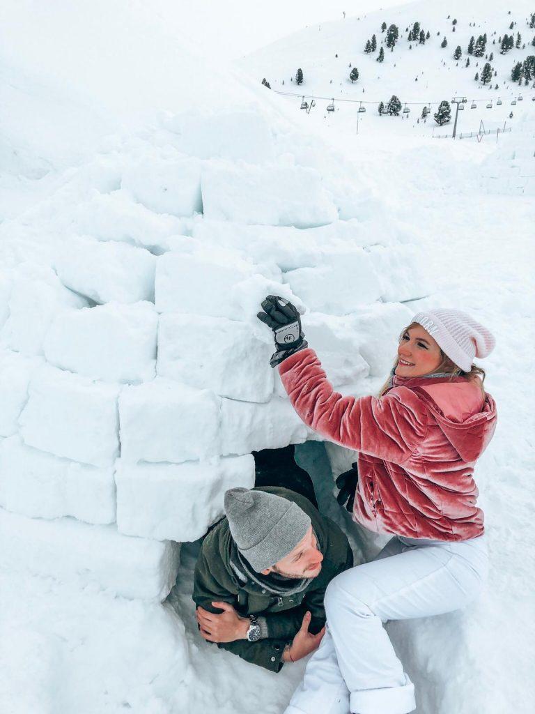 dormire in un igloo-blocchi-ghiaccio