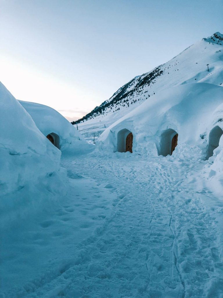 dormire in un igloo-villaggio-igloo