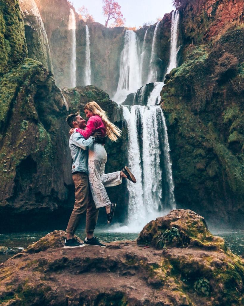cascate di Ouzoud-lorenzo-sara-abbraccio
