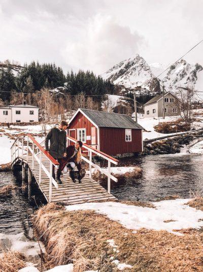 luoghi instagrammabili alle Lofoten-ponte-nusfjord