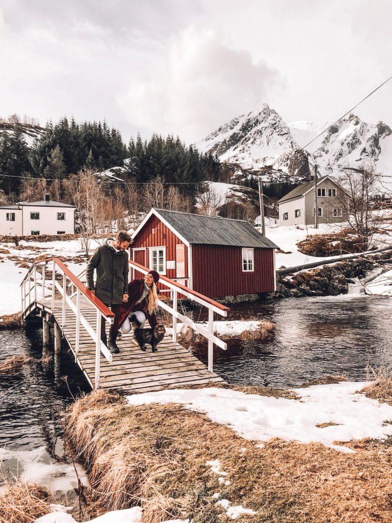 luoghi più instagrammabili delle isole Lofoten-ponte-nusfjord