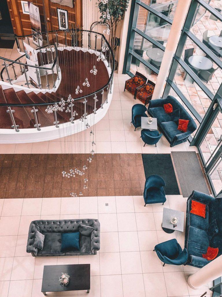 kinsale hotel-hall