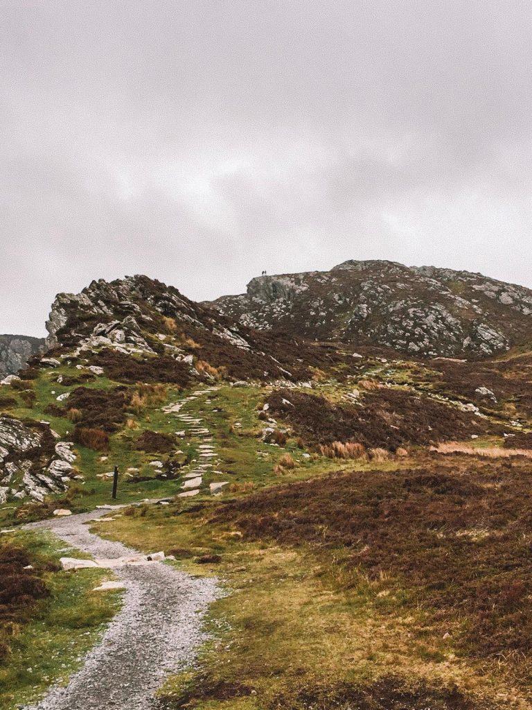 Conte di Donegal-sentiero-slieve-league