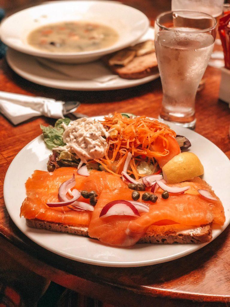 cosa mangiare in Irlanda-irish-salmon