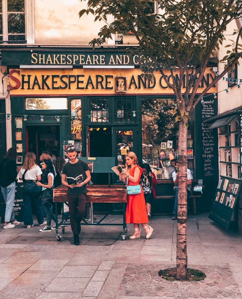 luoghi instagrammabili a Parigi-shakespeare-co