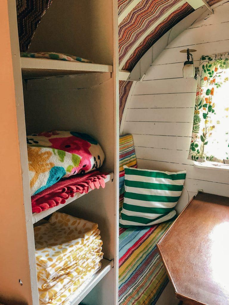 dormire in un caravan-lenzuola