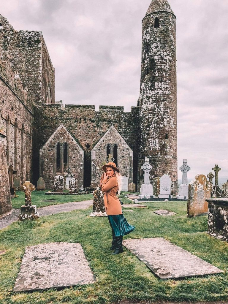 come organizzare un road trip in Irlanda-rock.of-cashel