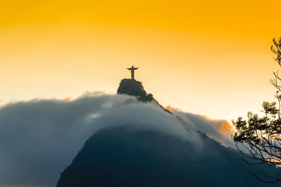 Rio de Janeiro è pericolosa-cristo