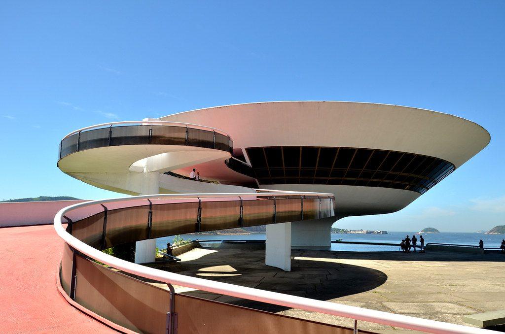 cosa fare a Rio quando piove-museo-arte-contemporanea