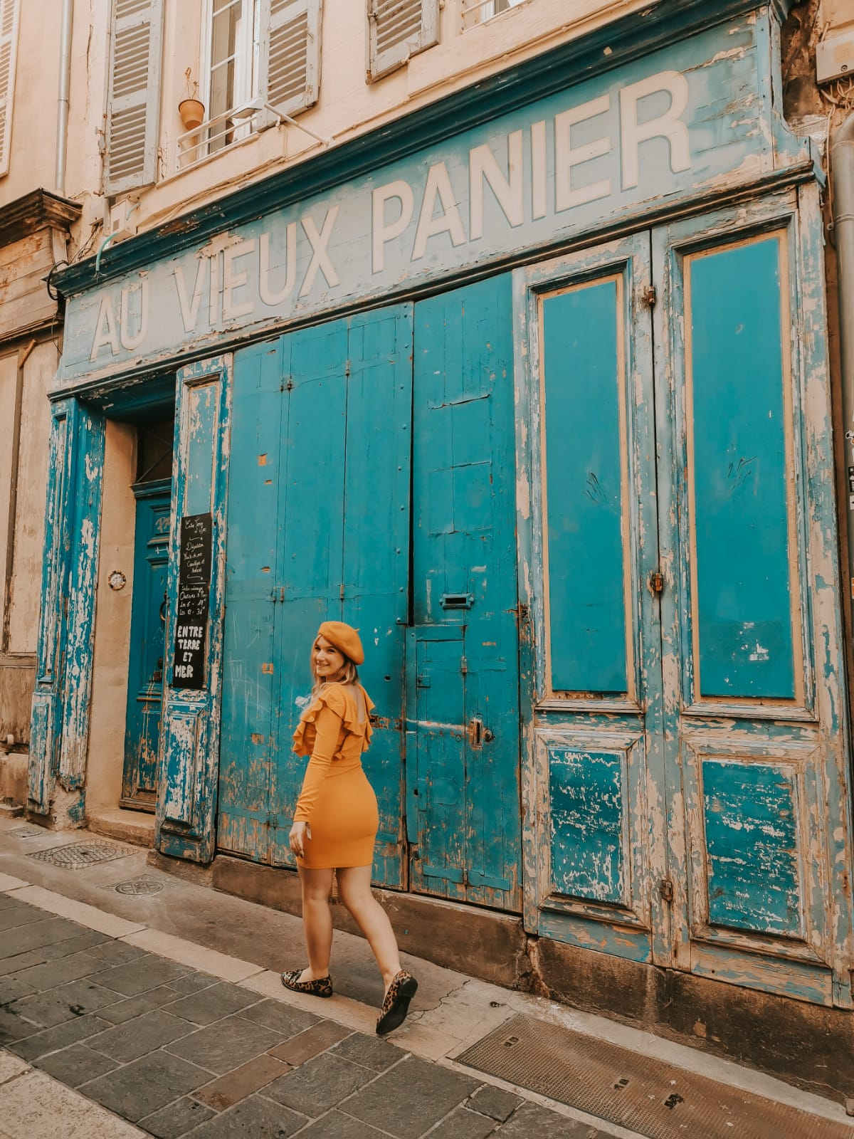 valigia per un weekend in francia