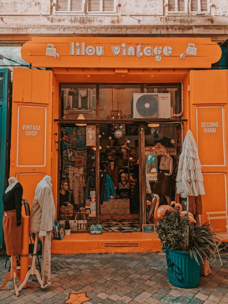 cosa fare a Marsiglia quando piove-negozi-vintage