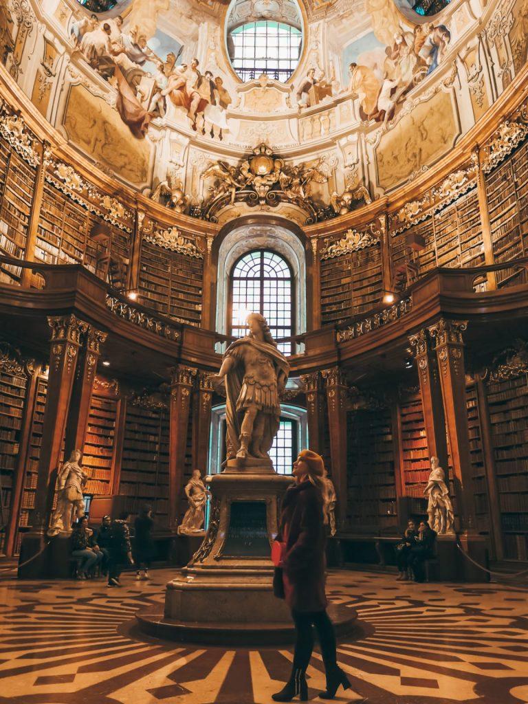 cosa fare a Vienna quando piove-biblioteca