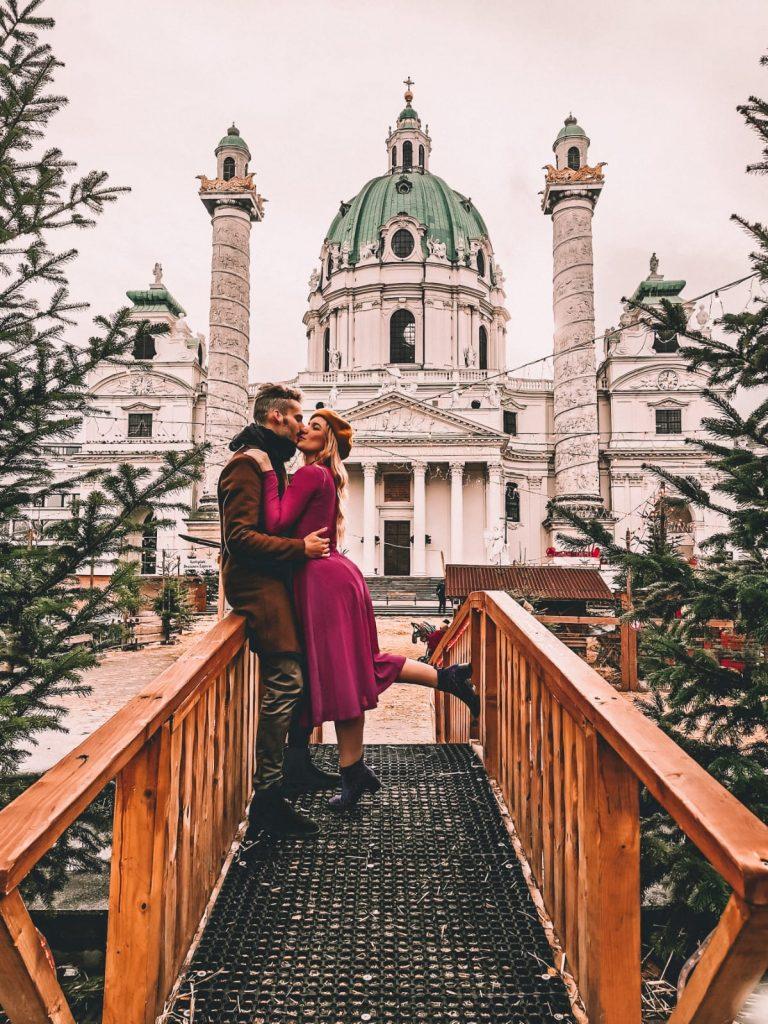 luoghi instagrammabili a Vienna-karlskirche